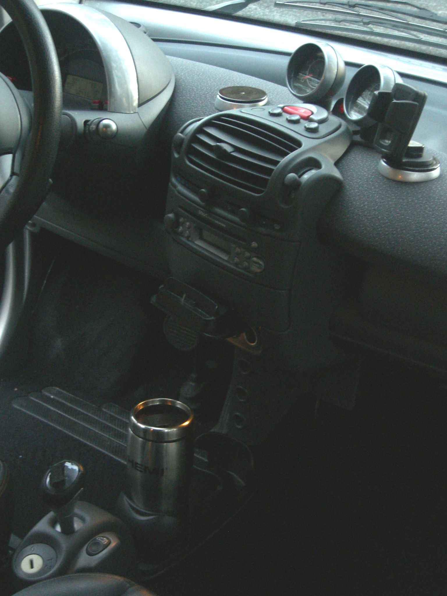 gps/Ipod mounting discs - How-To: 450 Model, 2005-2006