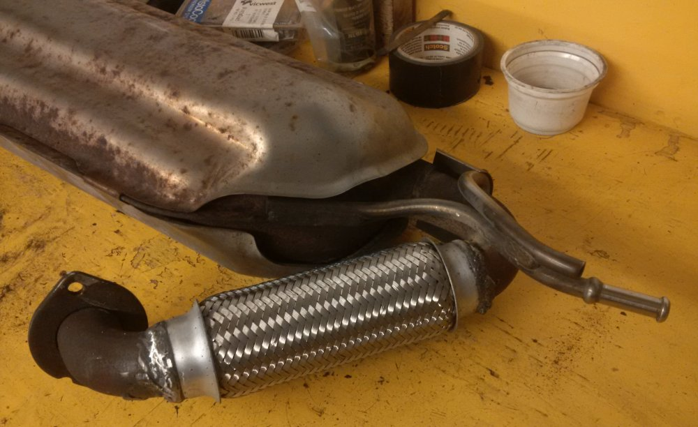 2017-09-17 Muffler flex pipe repair 06.jpg