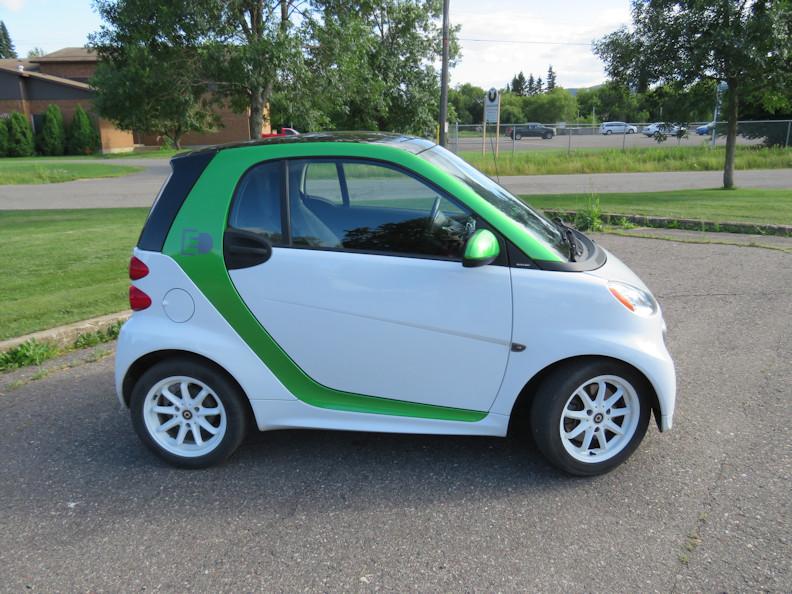 passenger side exterior small.JPG
