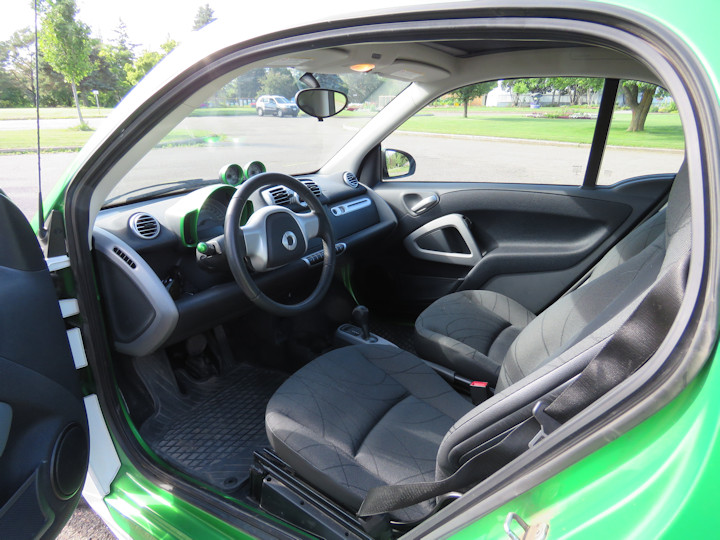 interior from drivers side small.JPG