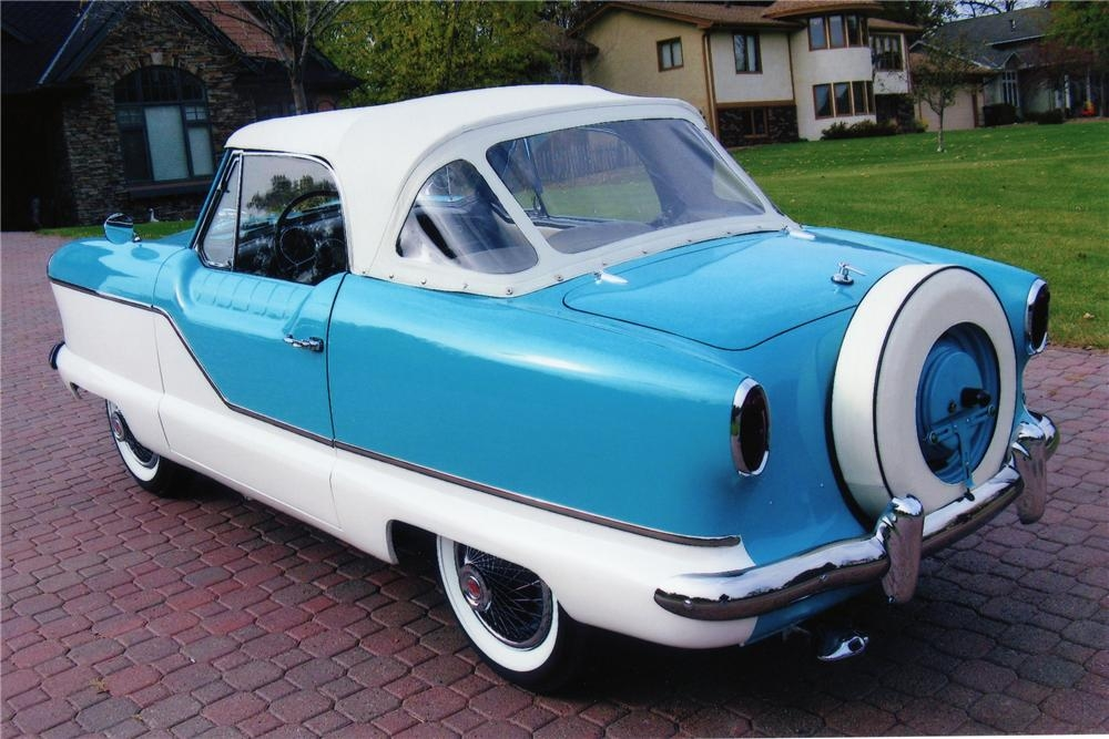 Nash Metropolitan 02 with continental tire.jpg