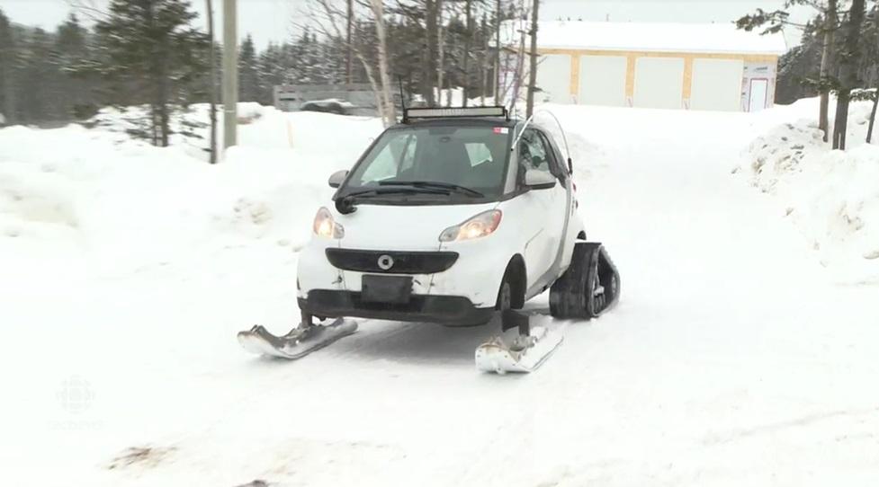 Smart snowmobile 01.jpg