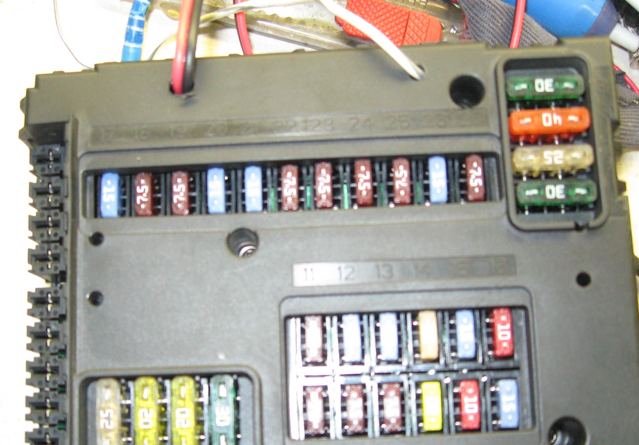 post 5138 1340799651 sam woes, and how to cure them how to 450 model, 2005 2006 smart fortwo fuse box location at readyjetset.co