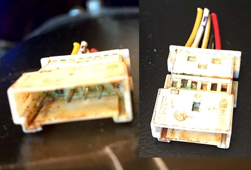 broken-contact-white-connector.jpg