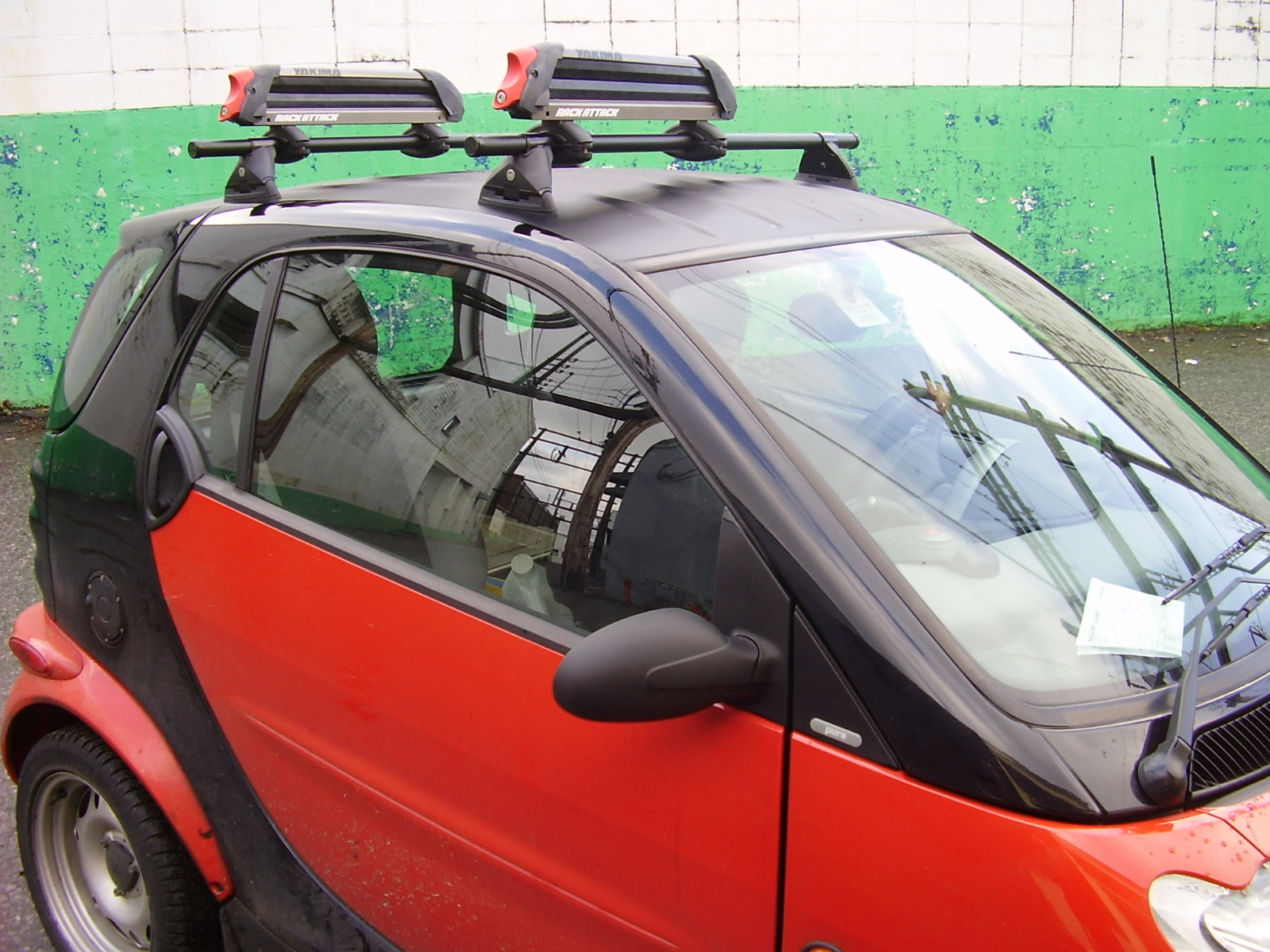 smart car roof rack cosmecol. Black Bedroom Furniture Sets. Home Design Ideas